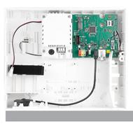 Dit is het brein van de installatie. De centrale ontvangt en verstuurd informatie afkomstig van de installatie. Bij detectie is het de centrale die zorgt dat de sirene afgaat en dit doorgemeld wordt aan de buitenwereld (bijvoorbeeld via sms, call of push notification).